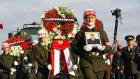 ŞEHİT UZMAN ÇAVUŞ YUNUS ARDA'YI SON YOLCULUĞUNA BİNLER UĞURLADI