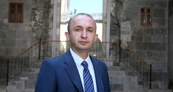 """LOKMACI'DAN """"CUMHURBAŞKANI'NIN ERZURUM'A DAVET EDİLMESİ"""" TEKLİFİNE TAM DESTEK"""