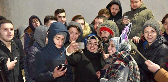 SOSYAL MEDYANIN FENOMENLERİ ERZURUM'DA BULUŞTU