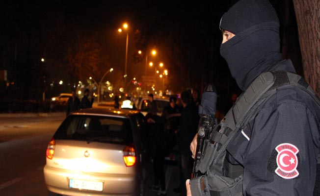 TÜRKİYE GENELİNDE 50 BİN POLİSLE OPERASYON