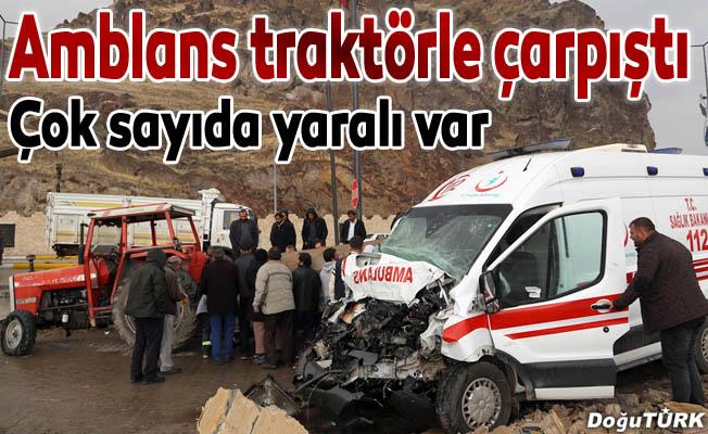 Erzurum'da hasta taşıyan ambulans kaza yaptı: 8 yaralı