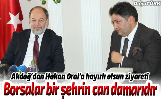 Prof. Dr. Akdağ'dan Hakan Oral'a hayırlı olsun ziyareti