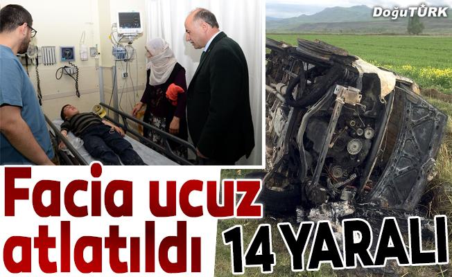 Erzurum'da öğrenci minibüsü devrildi: 14 yaralı