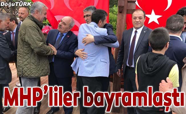 MHP aday, başkan ve teşkilatları bayramlaştı