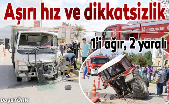 Kamyonet traktörü biçti: 2 yaralı