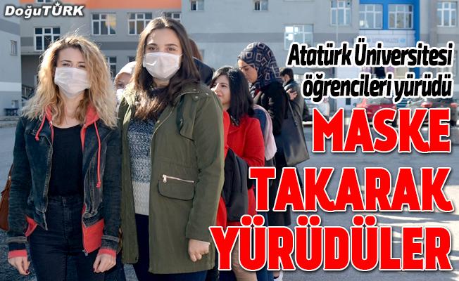 Öğrenciler maskeyle yürüyerek lösemiye dikkati çekti