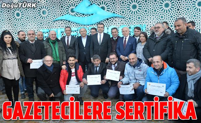 Gazetecilere sertifika