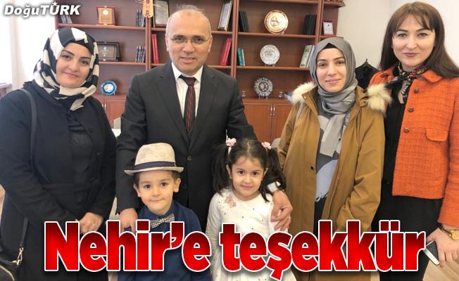 Erzurum Öğretmenevi Müdürü Abdullah Nehir'e miniklerden teşekkür