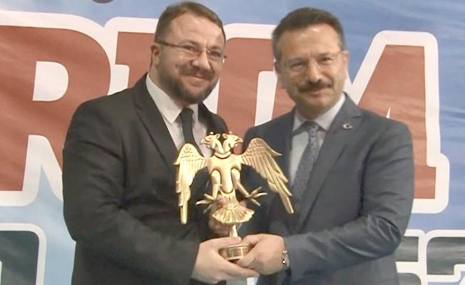 Prof. Dr. Hasan Türkez, Kocaeli'de ödüle layık görüldü