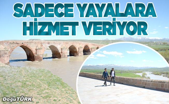 721 yıllık köprü gelecek nesiller için sadece yayalara hizmet veriyor