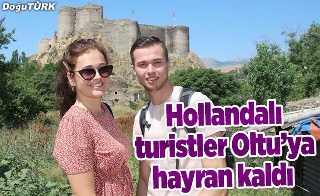 Hollandalı turistler Oltu'ya hayran kaldı