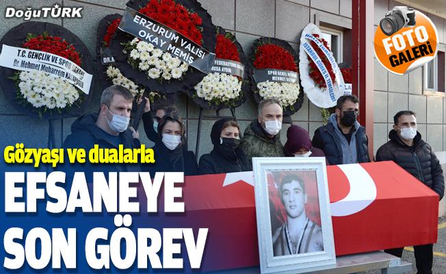 """Türk sporunun """"teknik güreşçisi"""" Nihat Kabanlı son yolculuğuna uğurlandı"""
