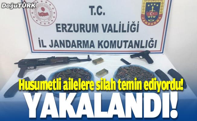 Husumetli ailelere silah temin ediyordu...