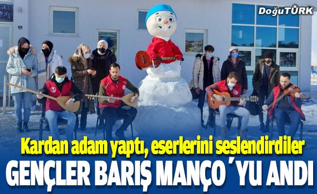 Gençler Barış Manço'yu andı