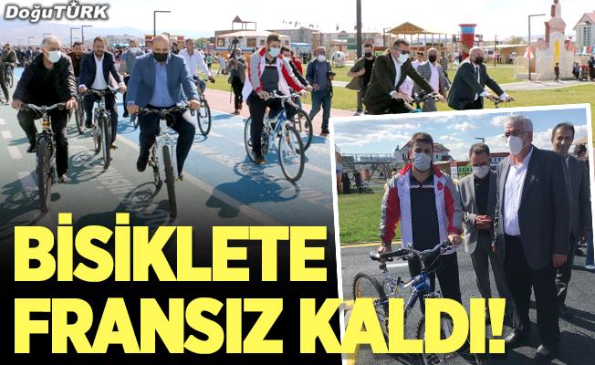Bisiklete Fransız kaldı!