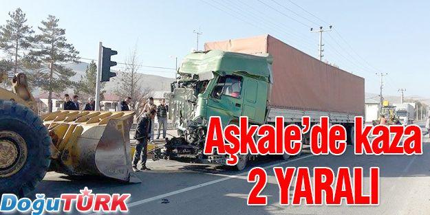 AŞKALE'DE TRAFİK KAZASI 2 YARALI