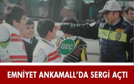 ERZURUM EMNİYETİ ANKAMALL'DA FOTOĞRAF SERGİSİ AÇTI