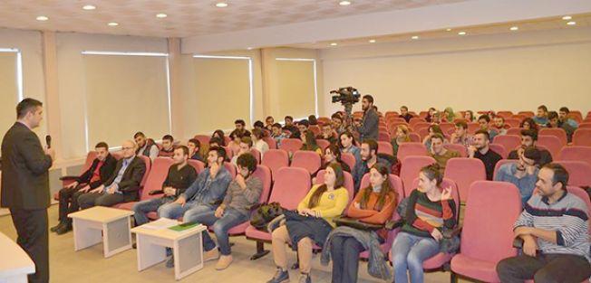 SABAH GAZETESİ OMBUDSMANI ALTAY, GENÇ GAZETECİLERLE BULUŞTU