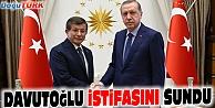 DAVUTOĞLU İSTİFASINI ERDOĞAN#039;A SUNDU