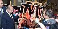 DEMOKRASİ NÖBETLERİ FOTOĞRAF SERGİSİNDE