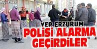 KADIN KIYAFETİ GİYİNCE, POLİSİ ALARMA GEÇİRDİLER