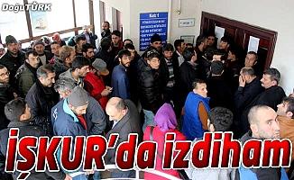 İŞKUR'DA İZDİHAM, DUYAN KOŞTU!