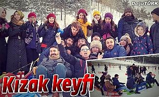 PALANDÖKEN'DE KIZAK KEYFİ