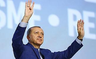 Cumhurbaşkanı Erdoğan, yeniden AK Parti Genel Başkanı