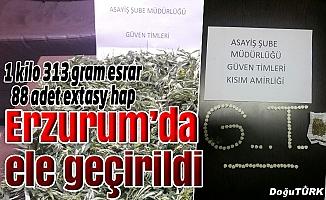 Erzurum'da 1 kilo 313 gram esrar, 88 adet extasy hap ele geçirildi