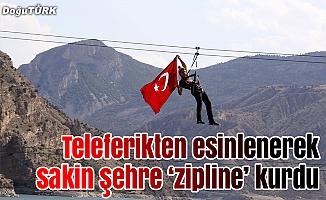 Teleferikten esinlenerek sakin şehre 'zipline' kurdu