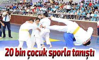 Erzurum'da 20 bin çocuk sporla tanıştı