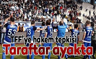 BB Erzurumspor taraftarlarının hakem isyanı