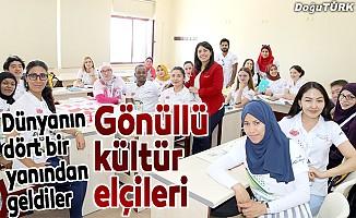 Türk kültürünü öğrenip dünyaya tanıtacaklar