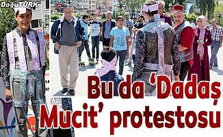 Erzurum'da dolara ilginç protesto
