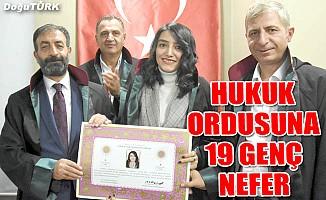 Erzurum Barosu'nda 19 hukukçu ruhsatnamelerini aldı