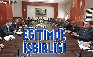 """Erzurum'da """"Eğitimde İşbirliği"""" toplantısı yapıldı"""