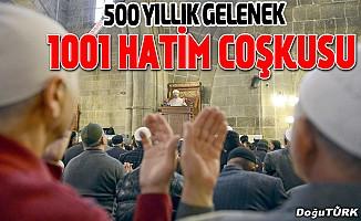 """Erzurum'da 500 yıllık gelenek olan """"1001 Hatim""""in duası edildi"""
