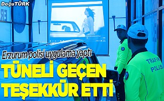 """Trafik ekipleri sürücüleri """"Yaşam Tüneli""""ne aldı"""