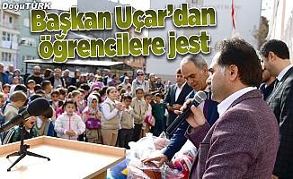 Başkan Uçar'dan okul ziyareti
