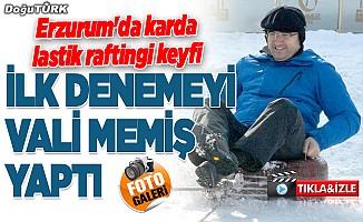"""Erzurum'da karda """"lastik raftingi"""" keyfi"""