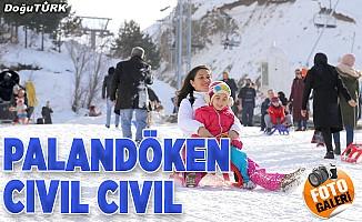 Palandöken Kayak Merkezi hafta sonu cıvıl cıvıl