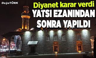 Doğu'daki camilerde salgının son bulması için dua edildi