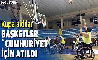 """Erzurum'da basketler """"Cumhuriyet"""" için atıldı"""