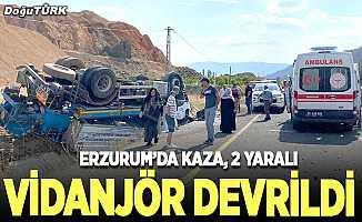 Erzurum'da vidanjör şarampole devrildi: 2 yaralı