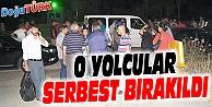 REHİN 70 YOLCUYU SERBEST BIRAKTI, 4 ARACI YAKTILAR