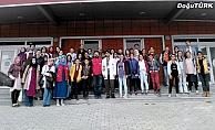 Karayazılı Çocuklar Yakutiye Gençlik Merkezi'nin kanatlarında