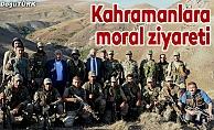 Operasyon bölgesindeki Mehmetçik'e validen moral ziyareti