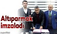 B.B.Erzurumspor'da Altıparmak dönemi resmen başladı