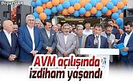 AVM açılışında izdiham yaşandı
