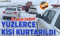 Kar bastırdı: Yüzlerce kişi kurtarıldı